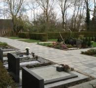 Bestrating/padverharding op begraafplaatsen