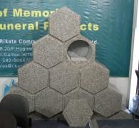 Urnenmuur uit 1 stuk natuursteen